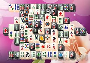 Play Mahjong Black and White